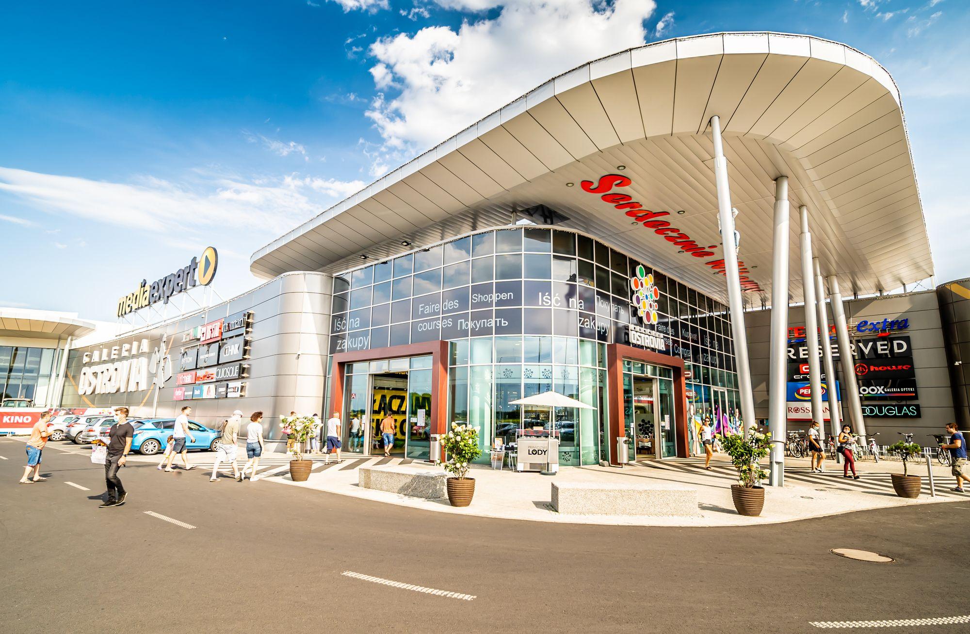 Sesje fotograficzne i zdjęcia centrów handlowych - Galeria Ostrovia-1 - Impatientstudio.pl